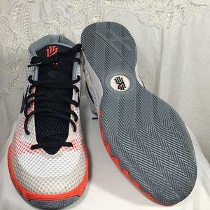 Nike Kyre 1 Infared Home White Blk 705277100 10.5